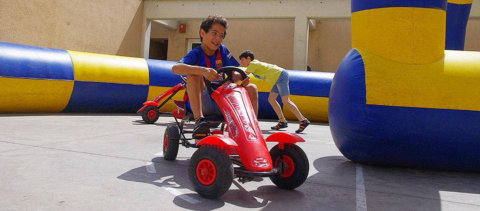 Circuito Karts : Alquiler de karts a pedales castillos